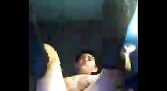 Chico se dedea por Skype